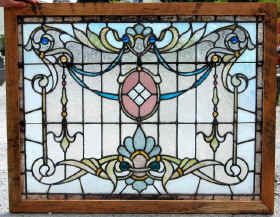 stained glass.jpg (129432 bytes)