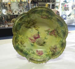 11 Floral R.S. Prussia Scalloped Bowl. $225.00.jpg (876950 bytes)