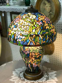 Stained Glass Lamp. $595.00.jpg (2044124 bytes)